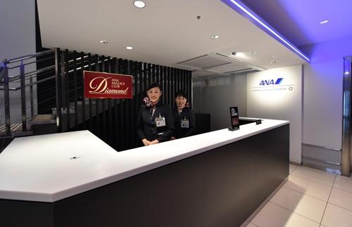 伊丹空港に新しくオープンしたANAの「スイートラウンジ」(撮影:吉川 忠行、ほかも同じ)