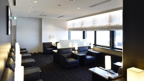 リラクゼーションコーナーはゆったりと座席を配置