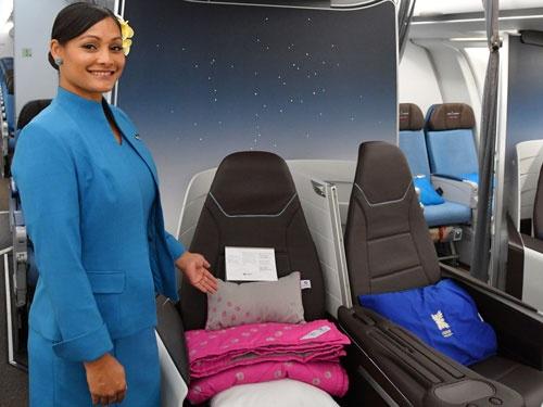 ハワイアン航空が投入した新ビジネスクラス。機内のインテリアも開放感に溢れている