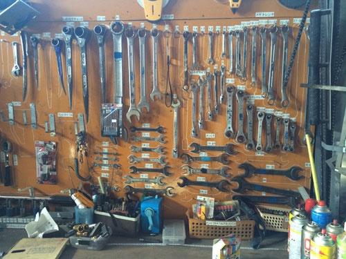 膨大な道具の片づけ場所を整理した(北海道本別町)