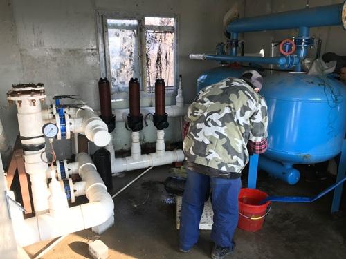 水を浄化するための装置(上海市奉賢区)