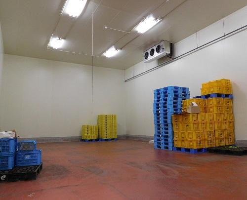 稼働を一時停止する直前のベジポート。農産物はほとんどない(千葉県旭市)