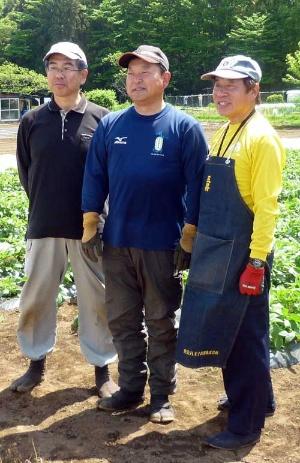 セカンドライフに挑戦する3人。左から泉政之さん、続橋昌志さん、水野聡さん。(写真提供:アーバンファーム八王子)