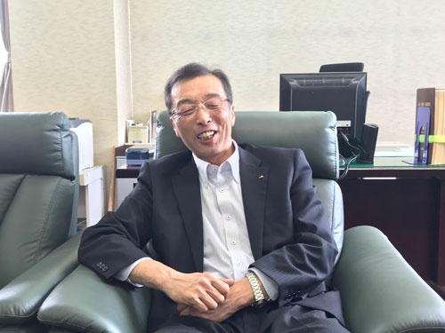 「生産振興が農協の任務だ」と話す秋田ふるさと農協の小田嶋契組合長(横手市)