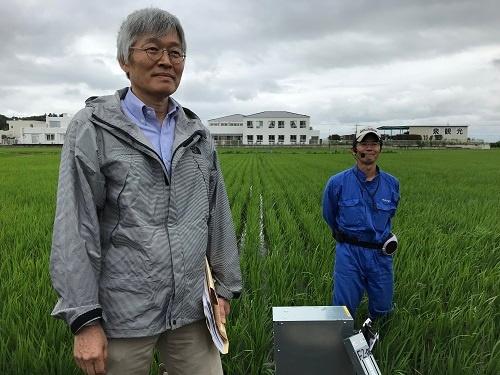 九州大の南石晃明教授は「現場で使える技術の開発」に徹してきた(茨城県龍ケ崎市)
