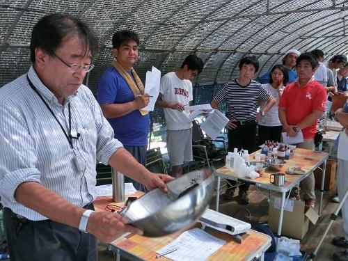 土壌分析の方法を指導する(千葉市)