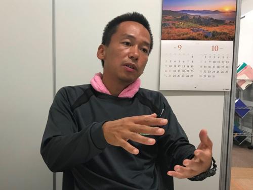 社員の福利向上に取り組む福原悠平さん(滋賀県彦根市)