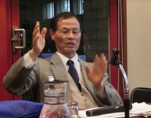 「コメの単収を高めるべきだ」と説く岐阜大の荒幡克己教授