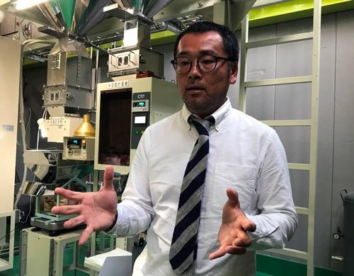 「食味値は農家の腕の証し」と話すアップファーム代表の高橋隆造氏