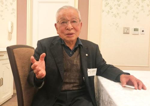 タマネギの栽培技術の指導役となった斎藤忠信さん(富山県砺波市)