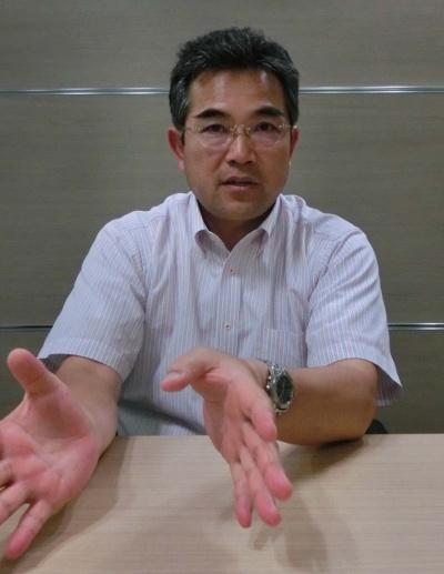 生産を充実させる重要性を説く野菜くらぶの沢浦彰治さん