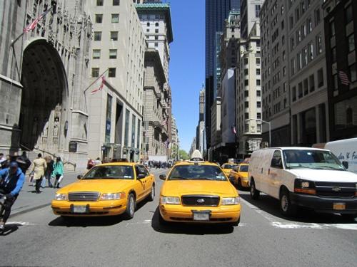証券会社リーマン・ブラザース破たんのニュースを聞き、タクシーでオフィスに直行。対策会議は着々と進行していったが・・・