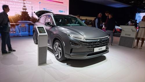 韓国現代自動車が展示したFCV「NEXO」