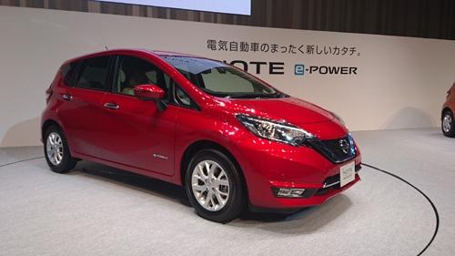 日産自動車が11月2日に部分改良して発売した「ノート」に追加された新車種「ノート e-POWER」