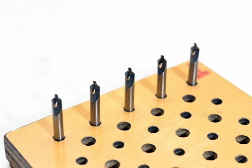 従来の工具にもレーザー技術を応用(写真:上野英和)