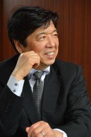 山口栄一氏