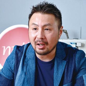 <b>「職人が技術に見合った報酬を得られるようにしたい」と話す伊藤悠平社長</b>(写真=大槻 純一)