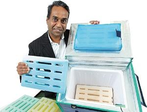 保冷剤だけでなく保冷ボックスも独自開発するアイ・ティ・イーのパンカジ・ガルグ社長<br />(写真=北山 宏一)