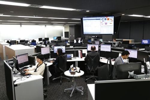 顧客のデータを解析する専用センター。厳重なセキュリティーで管理され、関係者しか入れない(写真=陶山 勉)