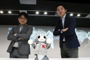 UBICの武田秀樹CTO(左)とラッパの斎藤匠社長(写真=陶山 勉)
