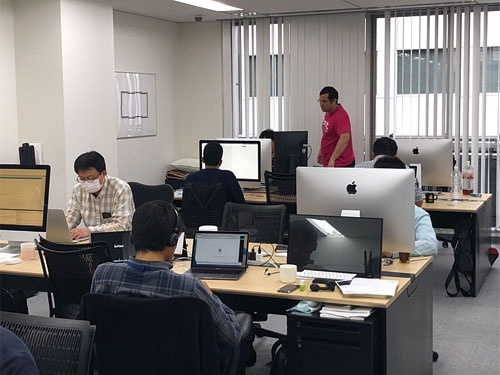 "<span class=""fontBold"">言語処理を専門とするエーアイスクエアの開発部隊</span>"