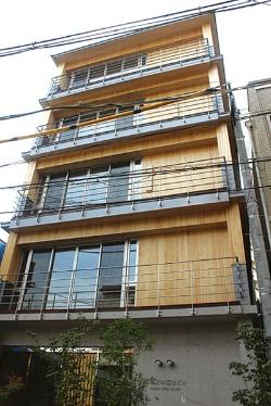 5階建てのCLTビル