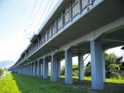 高架橋の耐震補強