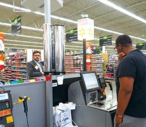 商品バーコードをスキャンするだけで支払いが完了する「スキャン&ゴー」。サムズクラブや米国の一部店舗で導入されている