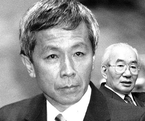 "<span class=""fontBold"">日本を代表する起業家、江副浩正氏(左)はリクルート事件で表舞台から姿を消した。その後、ダイエー創業者の故・中内㓛氏(右)らが経営に参画した</span>(写真=左:毎日新聞社/アフロ、右:Kodansha/アフロ)"