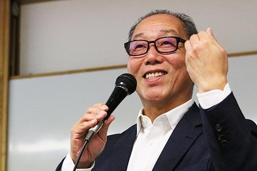 <b>岩崎博之(いわさき・ひろゆき)氏</b><br/><b>メディカル・データ・ビジョン代表取締役社長</b><br/>1960年生まれ。1986年新日本工販(現フォーバル)入社。1988年アレック代表取締役就任。1994年アイズ常務、1997年クーコム常務、2001年システムアンドコンサルタント取締役などを経て、2003年メディカル・データ・ビジョンを設立し代表取締役に。2014年同社代表取締役社長に就任、現在に至る。