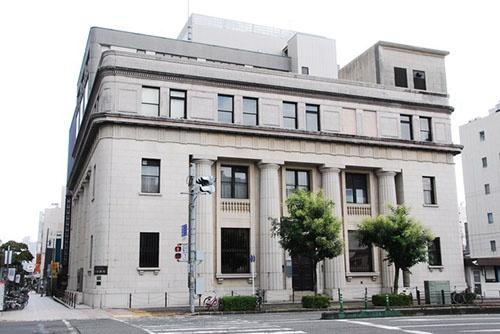 静岡銀行本店(静岡市葵区) (写真:PIXTA)