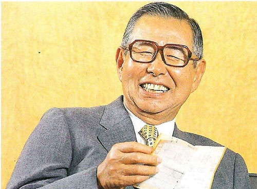 1992年に経営の表舞台から去った後、沈黙を守ってきた伊藤雅俊氏。だが1996年、ついに日経ビジネスのインタビューに応じた(写真:清水盟貴)