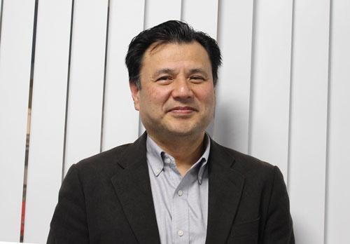<b>太田 章 特命教授 </b><br />大阪大学で薬学の博士号を取得、助手として勤務後、企業の製薬部門で22年間創薬のスクリーニングに従事。スクリーニングシステムの構築、薬物・化合物に対する反応を調べる実験、データベース整備までの経験を、CiRAでの研究に生かしている。