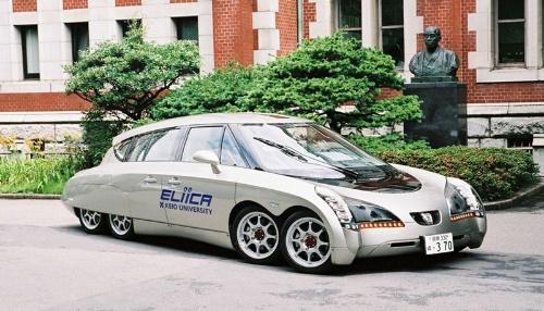 清水氏が2004年に発表した8輪のEV「Eliica(エリーカ)」