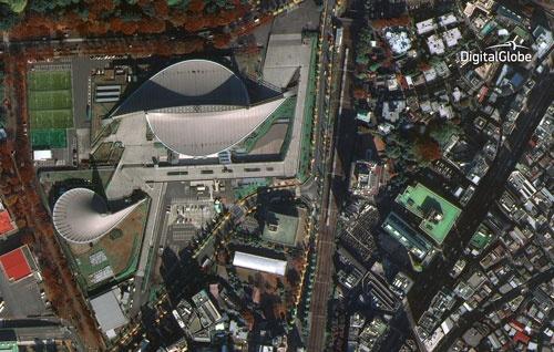 クルマを判別できる。写真は東京の国立代々木競技場周辺