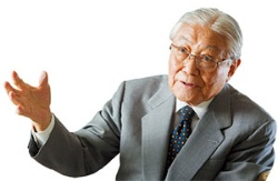 VTRをパナソニックの柱に育てた谷井昭雄・特別顧問(写真=菅野 勝男)