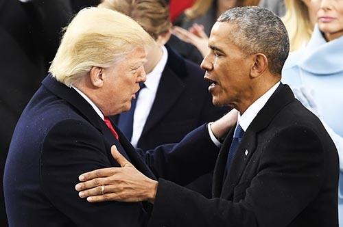 トランプ大統領と共和党は、オバマ前大統領のあらゆる「レガシー(政治的成果)」を書き換えようとしているが…。(写真:UPI/アフロ)