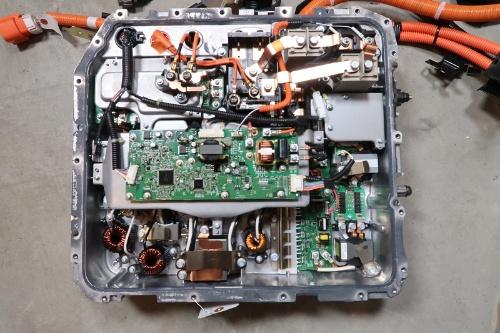 図7 PDMのカバーを外した様子