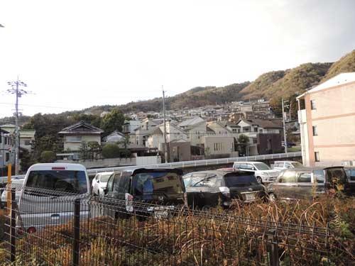 阪急箕面駅近くの箕面8丁目周辺地域は非居住誘導区域に指定されたため、住戸開発は制限されることになった