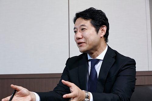 早稲田大学ビジネススクールの入山章栄准教授(写真:竹井俊晴)