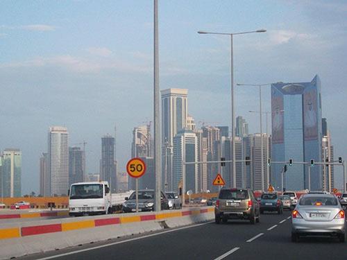 カタールの首都、ドーハの街並み(2014年2月、筆者撮影)