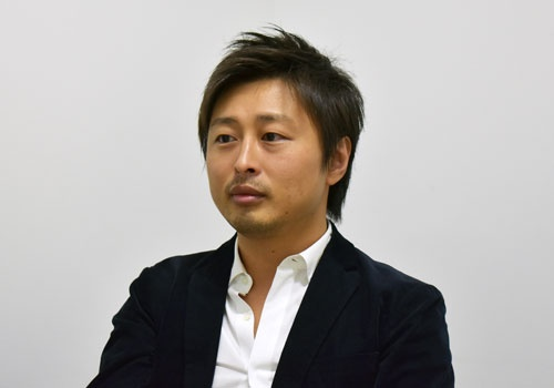 "<span class=""fontBold"">須藤憲司(すどう・けんじ)氏</span><br />株式会社Kaizen Platform Co-founder & CEO。2003年に早稲田大学を卒業後、リクルートに入社。同社のマーケティング部門や新規事業開発部門を経て、リクルートマーケティングパートナーズ執行役員に就任。その後、2013年にKaizen Platform, Inc.を米国で創業。WebサイトのA/Bテストを簡単に計画・実行できるツールと、7000名を超えるグロースハッカーから改善案をオンラインで募ることができるクラウドソーシングからなるUI改善プラットフォーム「Kaizen Platform」を提供している。"
