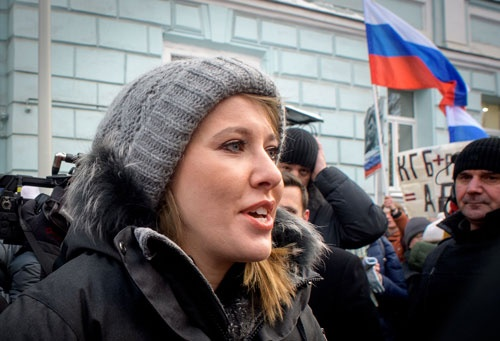 反プーチンの立場をを鮮明にして立候補したクセニア・サプチャクさん(写真:AFP/アフロ)
