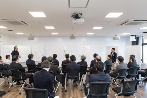 あすびと福島の社会人研修(写真:野口勝宏)