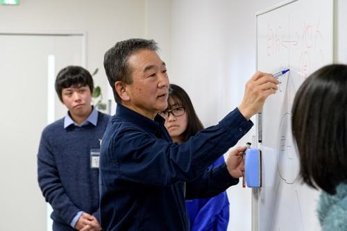 福島県内から集まった高校生と1日議論する(写真:野口勝宏)