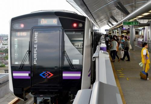 JR東日本が参画し、運行を始めたタイ・バンコクの「パープルライン」(写真:朝日新聞社)