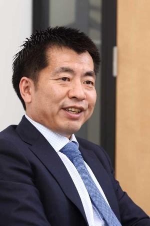 住友商事人事部採用チーム長の藤和恒氏(写真:北山 宏一)