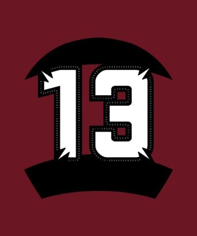実際に採用された背番号のデザイン。数字の周囲を、早大ラグビー部の全国大学選手権大会の優勝年で取り囲んでいる。数字の角にはWを模した模様を入れ、勢いとハリ感を強調した