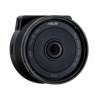 エイスースの「RECO Sync Car and Portable Cam」(実売価格2万2840円)は、車から取り外してアクションカメラとしても利用できる。52mmのレンズフィルターや三脚も装着でき、本格的な撮影も可能だ。