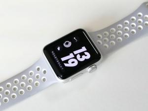 購入したApple Watch Nike+(シルバーアルミニウムケース38mm+フラットシルバー/ホワイトNikeスポーツバンド)